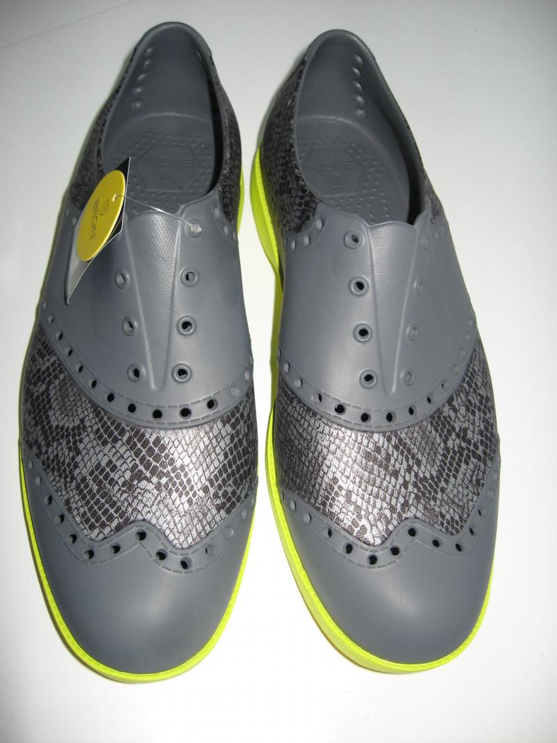 T Golf Shoes